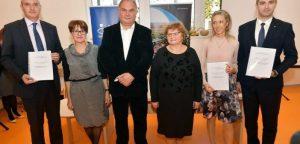 Karlovac_potpisivanje_ugovora_12-702x336